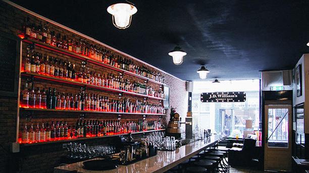 j-d-william-s-whisky-bar-het-restaurant-d603a